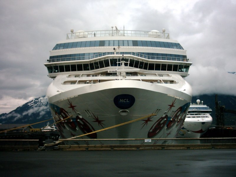 Skagway Norwegian Pearl, Norwegian Star